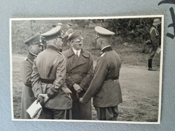 PHOTO ALBUM 6. KOMP. INF.-RGT. 60 1936 - original Hitler photos and signatures